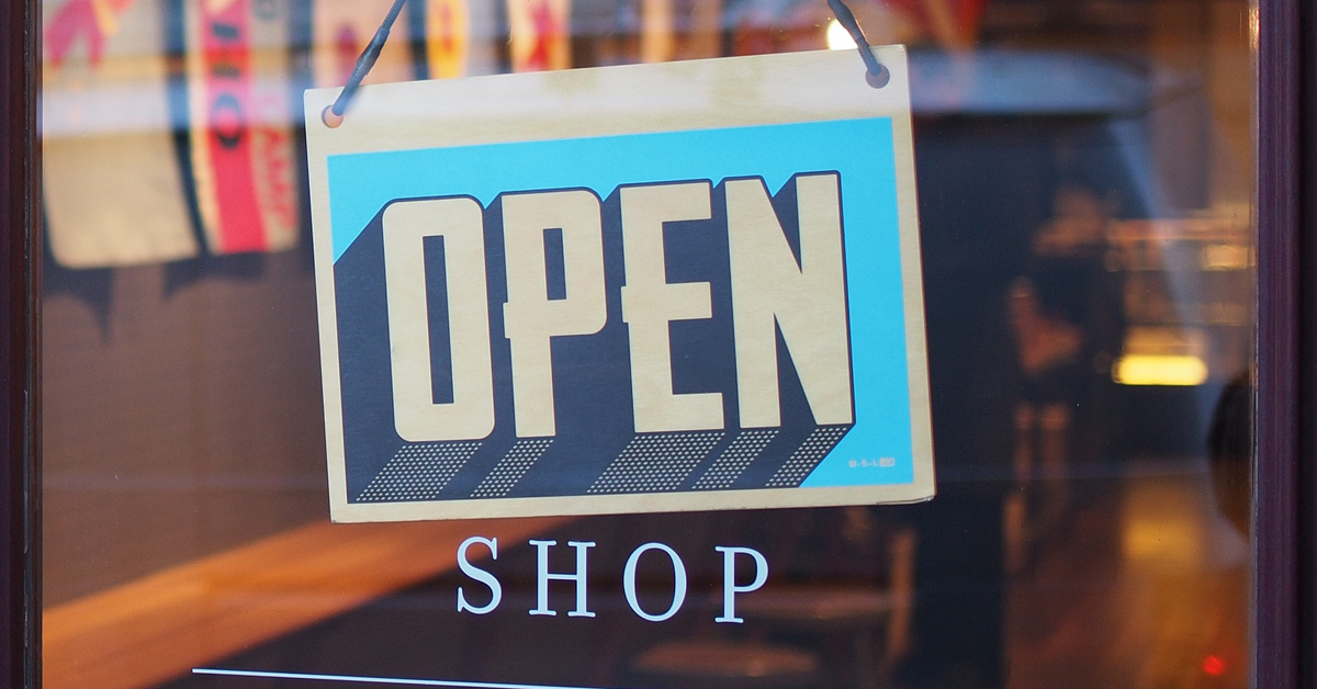 Closing 8,000 stores to provide training? There's no need!