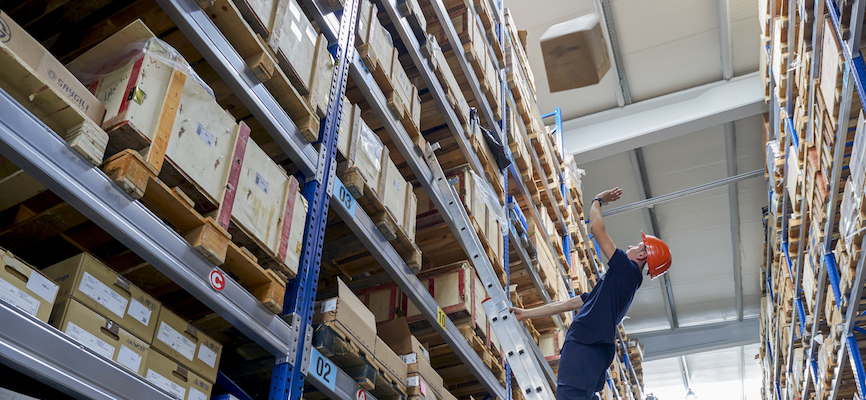 Avoiding injuries from falling objects in a warehouse
