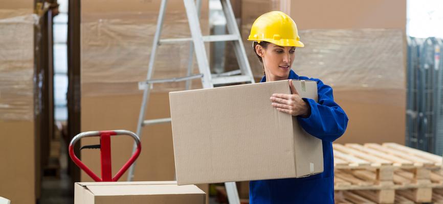 Avoiding poor manual handling in a warehouse